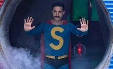 Un 'Superlópez' fiel al personaje y retrato de la España actual