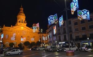 Calahorra adjudica el alquiler del alumbrado navideño por más de 10.000 euros