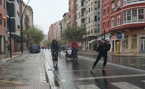 Por Unicef, bajo la lluvia
