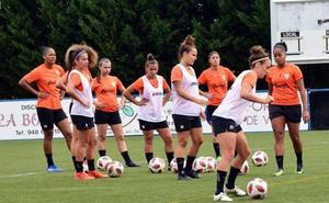 Las jugadoras del EDF apoyan el convenio colectivo para el fútbol femenino
