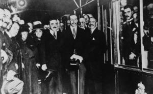 99 años del viaje de Alfonso XIII en metro… y del alcalde logroñés de Madrid