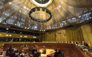 La Justicia de la UE ordena a Polonia suspender su reforma del Supremo
