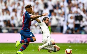 Segundo gol del Levante en el Bernabéu