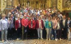 Sesenta y dos personas, de excursión por Andalucía