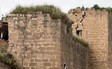 El PP pide al equipo socialista que divulgue el plan director de las murallas de Santo Domingo