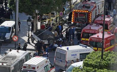 Nueve heridos en un atentado suicida en la capital de Túnez