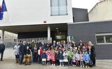 Medrano luce su nuevo colegio