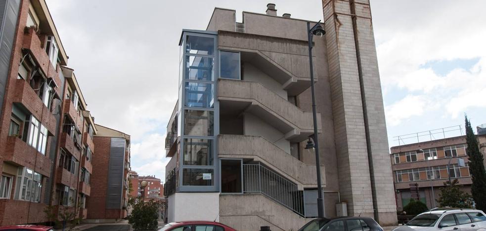Un cambio normativo permite ascensores fuera de los edificios para mejorar su accesibilidad
