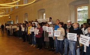Unos 200 funcionarios se concentran en Logroño contra la reforma judicial