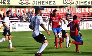 El Gernika se presenta en Las Gaunas como uno de los equipos que aún no ha ganado