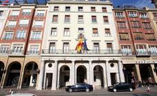 El PP acusa al PSOE de convertir la Delegación del Gobierno en una «agencia de colocación»