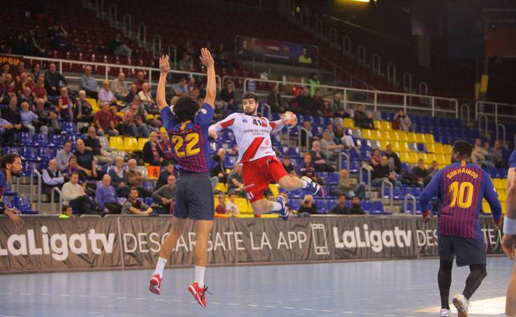 El Barcelona aplasta al Ciudad de Logroño