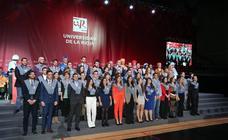 Graduación de titulados de la UR (II)