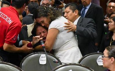 Una diputada mexicana se entera en plena sesión del asesinato de su hija