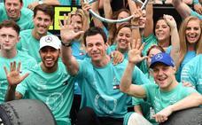 Hamilton vence en Interlagos