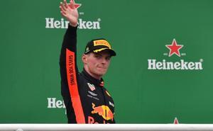 Verstappen, sancionado con «servicios públicos»
