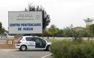 Envenenados seis trabajadores de la cárcel de Huelva