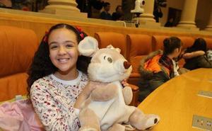 Los niños leen el manifiesto sobre los derechos de la infancia en el Parlamento de La Rioja