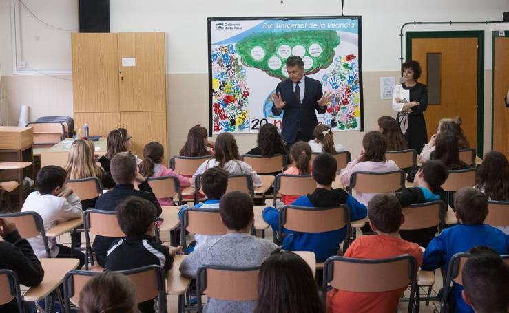 El Gobierno ayuda a los escolares a conocer sus derechos y deberes