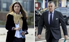 El juez del 'caso Villarejo' cita a Bárcenas y su mujer por los documentos robados de la 'caja B'