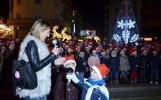 Calahorra encendió ayer su alumbrado navideño, que durará hasta el día de Reyes