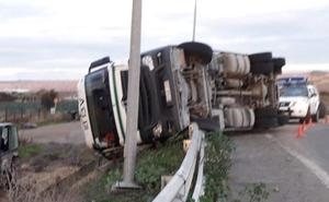 Dos accidentes en una tarde en la LR-134 en Calahorra