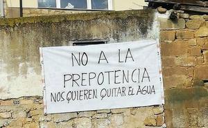 Vecinos de Rivas de Tereso, en guerra contra el Ayuntamiento de San Vicente por una fuente