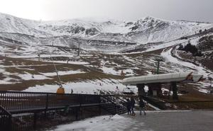 Valdezcaray, a la espera de la nieve para abrir la temporada de esquí