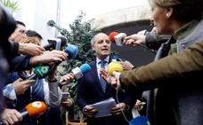 Anticorrupción pide investigar a Camps por prevaricación y fraude en 'Gürtel'