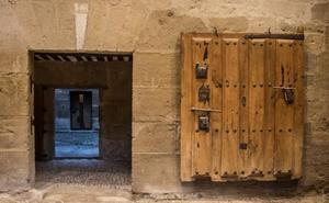 Cárcel real y exposición de campanas y relojes