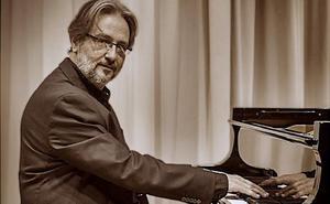 El pianista Rubén Lorenzo ofrece hoy un monográfico de Albéniz en el Círculo Logroñés