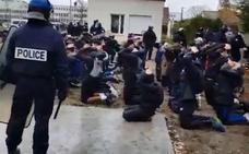 El arresto de 151 estudiantes indigna a la población