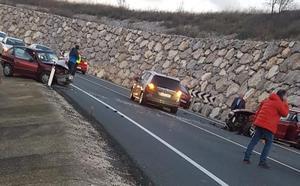 Cinco heridos en un choque frontal en la N-232 en Torremontalbo