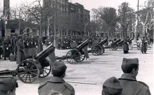 La Retina: artilleros en el Espolón en 1943