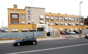 El Ayuntamiento cambia en el PGM el uso de la antigua clínica Valvanera de sanitario asistencial a comercial