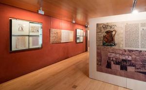 Una exposición muestra la historia de la Cofradía del Pez