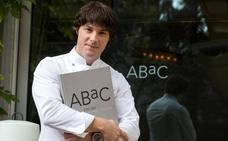 Jordi Cruz: «Soy algo más que un presentador de televisión»