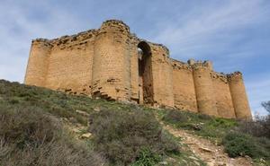Los vecinos piden al Ayuntamiento de San Asensio que compre el castillo de Davalillo