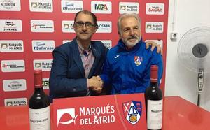 Miguel Sola renueva como entrenador del Calahorra