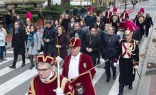 La iglesia de Santiago celebra la misa en honor de la Virgen de la Esperanza
