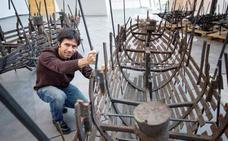 Mascaró reflexiona en el Würth sobre el paso del tiempo con el armazón de 26 barcos