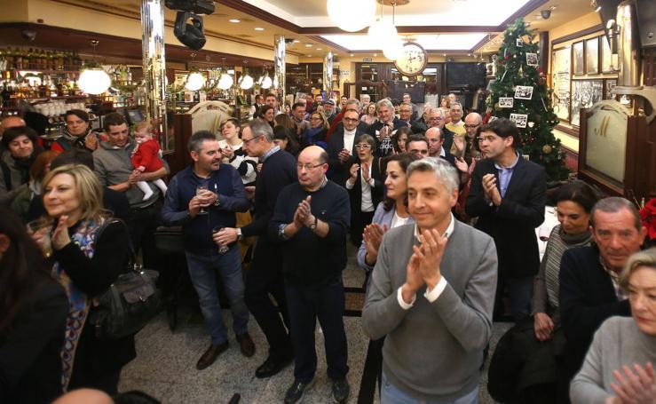 El PSOE da la bienvenida a la Navidad