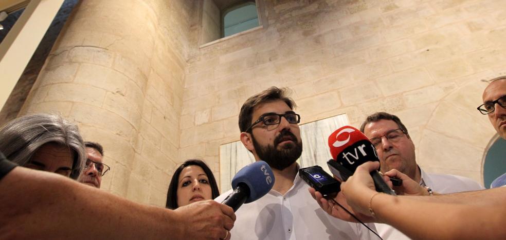 El despido de la coordinadora de Ciudadanos en el Parlamento destapa la crisis interna en el grupo