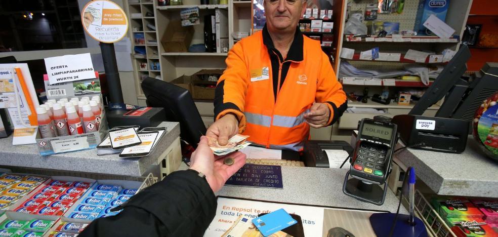 Los riojanos pagarán desde el 1 de enero 2,40 euros más por llenar sus depósitos