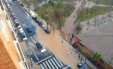 Varias calles de Logroño, anegadas por tuberías rotas