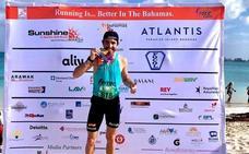 Nacho Hernando vence el X Medio Maratón de Bahamas y bate el récord de la prueba