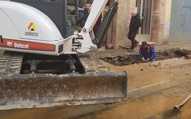 El PSOE pide reemplazar las tuberías de fibrocemento por fundición al reurbanizar