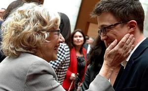 Carmena abre una nueva crisis con Podemos al vetar en su lista al general Rodríguez