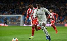 El Bernabéu se rinde a Vinicius
