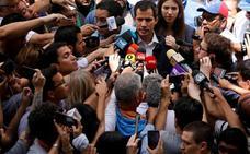 Trump da el control de las cuentas venezolanas a Guaidó